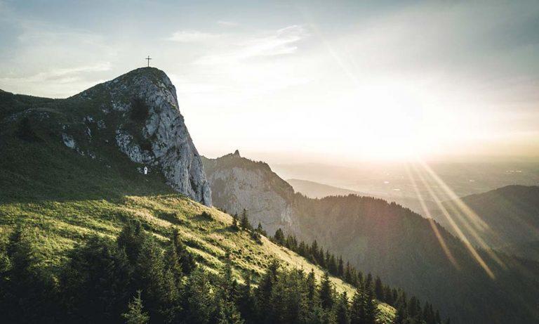 Gipfel des Latschenkopf in der Abendsonne
